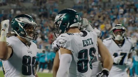"Philadelphia Eagles 2017 Hype Video - ""FLY"" - YouTube"