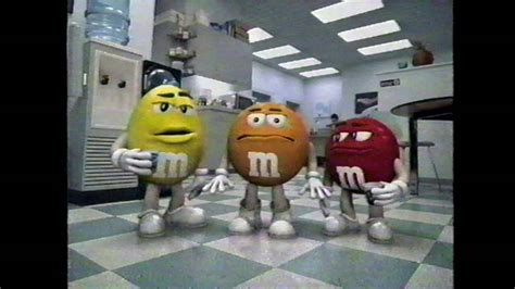 Crispy M&Ms commercial (2001) - YouTube