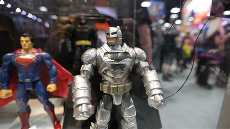 Batman vs Superman Toy Images from Comic-Con | Collider