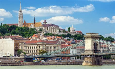 Experience in Budapest, Hungary by Magdolna   Erasmus