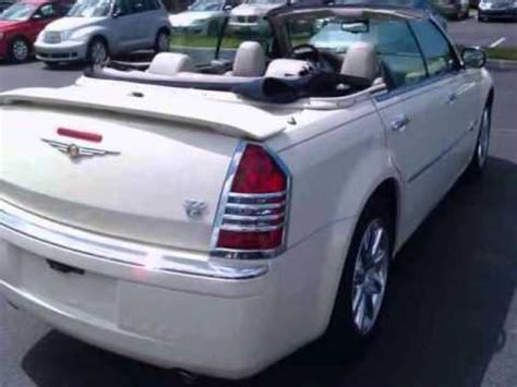 2007 CHRYSLER 300C Custom Convertible 4dr Sdn RWD Leather