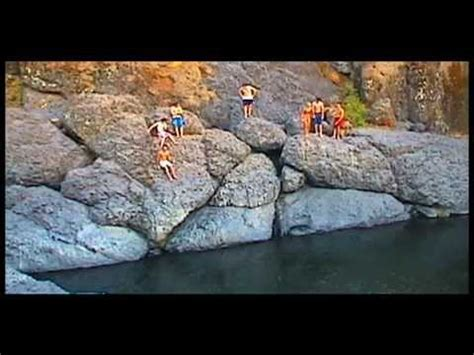 Chico State girls cliff jump FAiL at Bear Hole upper